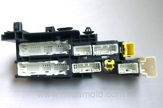 Harness & Connector Plastic 06